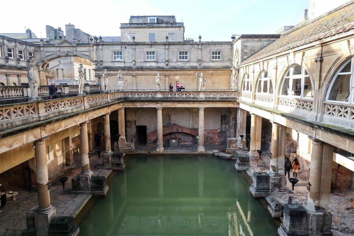 roman bath's bath
