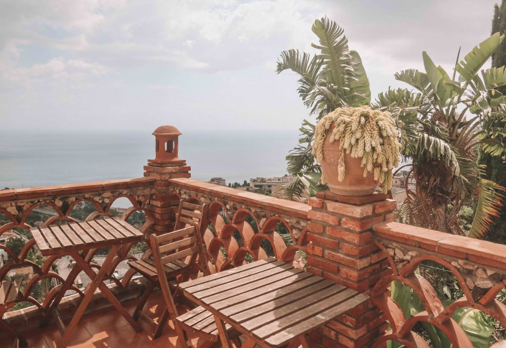 where to stay in Taormina